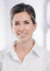 Dr. Manon Huck